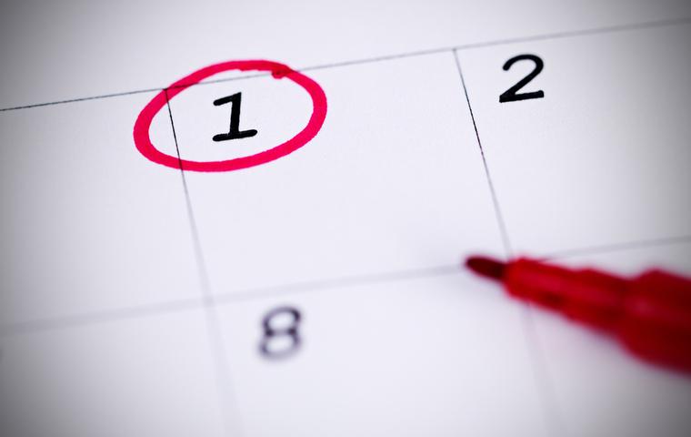 カレンダーの1日に丸をつける
